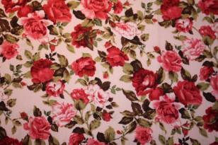 Tissu : bouquet de roses sur fond beige rosé