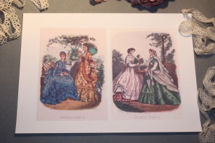 Pour vos créations textiles :  pochette de 4 images à transférer